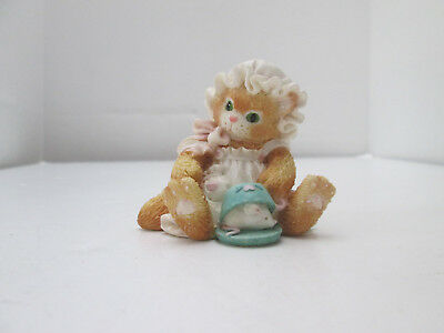 1994 Enesco Calico Kittens Figurine Curiosity A Purr-fect Pair Cat and Mouse 216