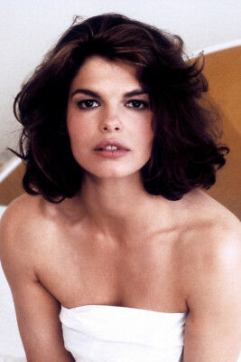 Basic Instinct Jeanne Tripplehorn 24X36 Premium Quality Poster In Bed