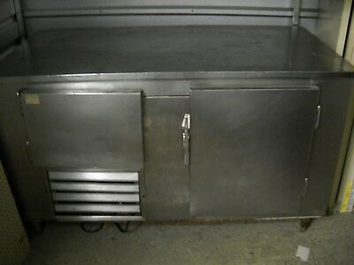 """48"""" 2 Door Refrigerated Sandwich pizza Salad Prep Table Cooler Station"""