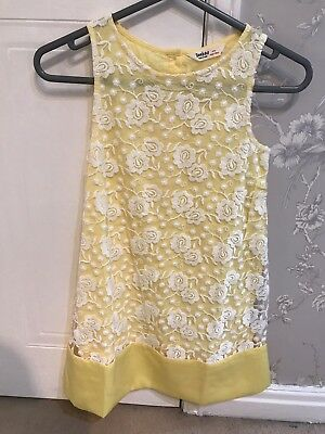 Girls Size 8 Yellow And White Flower Design River Island