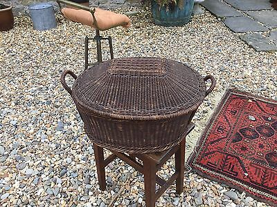 Victorian Vintage Large Wicker Woven Lidded Basket Creel Sewing Storage