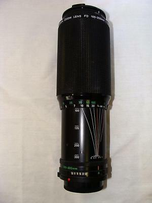 Canon zoom lens FD 100-300 mm 1:5.6 Very Good Condition