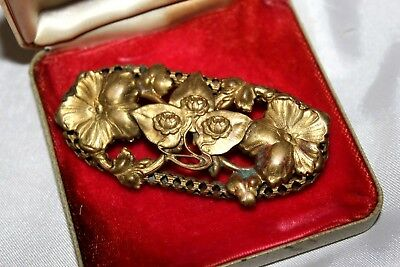 Antique Art Nouveau Water Lily Flower Brass Molded C-Clasp Pin Brooch Bu13