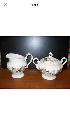 "Myotts Old Chelsea ""Hedgerow""  Creamer & Covered Sugar Bowl"