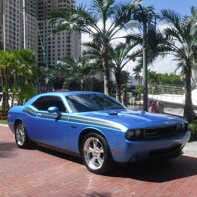2009 Dodge Challenger 2dr Coupe R/T Florida Rare Blue Pearl Dodge Challenger R/T Sunroof Leather Navigation 6 Speed