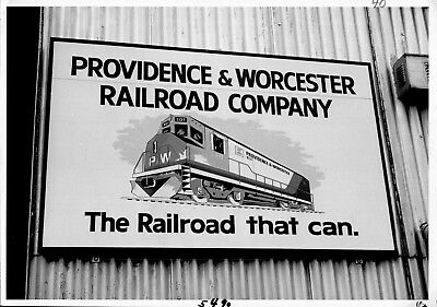 1973 Providence & Worcester Railroad Train Sign Engine House 5x7 Photo X2200S I
