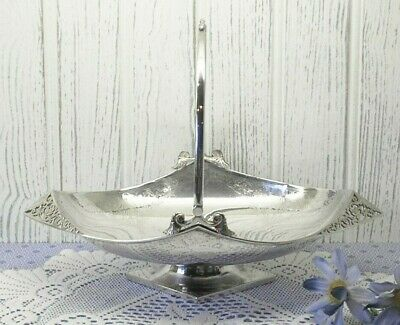 Victorian silver plated breadbasket by Lee & Wigfull. Swing handled bread basket