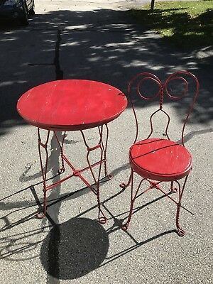 vintage ice cream parlor/soda shop table and chair set