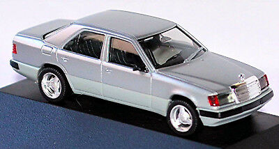 9329d5981afb Mercedes Benz Classe e Berlina W124 Restyling 1989-93 Argento Metallo 1 87  Herpa