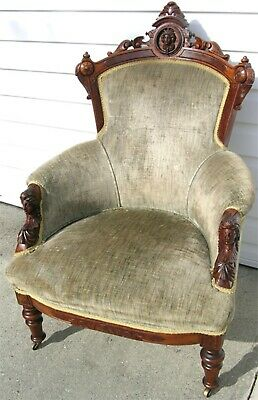 Renaissance John Jelliff Walnut Arm Chair