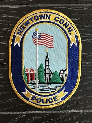 Newtown Ct Connecticut Police Department Officer Patch Current Issue