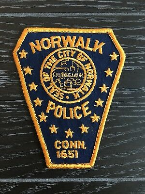 Norwalk Ct Connecticut Police Department Officer Patch Older Issue