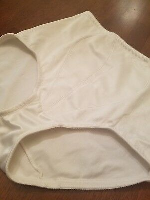 Vintage 1980's PLAYTEX 18 HOUR FIRM CONTROL GIRDLE BRIEF SIZE L MADE USA