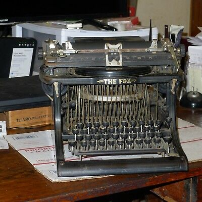 Blind Fox Typewriter,  Beautiful Condition, New Platen, Types great.