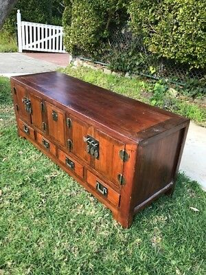 Wooden Chinese television cabinet