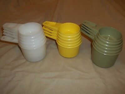 Vintage Lot Of Mixed Sizes Colors Tupperware Nesting Measuring Cups