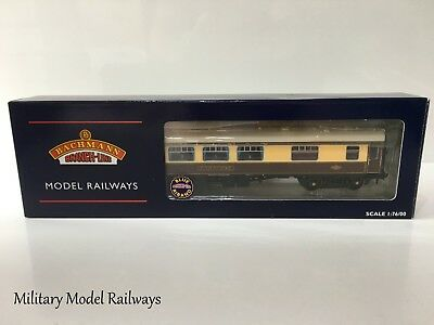 Bachmann 39-300 OO Gauge BR MK1 SK Pullman Kitchen Second With Lights Car No332