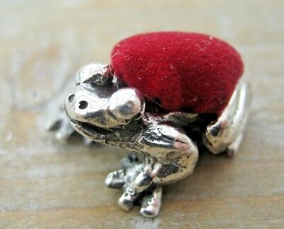 Sweet Novelty Edwardian Style Hallmarked Sterling Silver Frog / Toad Pin Cushion
