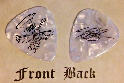SLASH (Guns N' Roses & Velvet Revolver) band logo signature guitar pick - (Q)