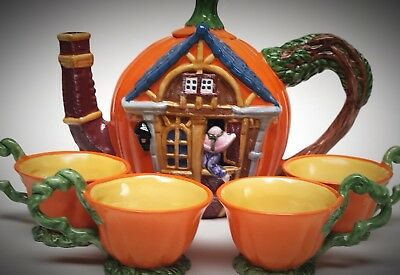 Department 56 Figural Haunted House & Pumpkin Halloween Teapot & Teacups