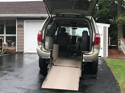 2006 Chrysler Town & Country  HANDICAP VAN, ONE OF A KIND POWERED REAR ENTRY RAMP, WITH ENTIRE FLOOR LOWERED