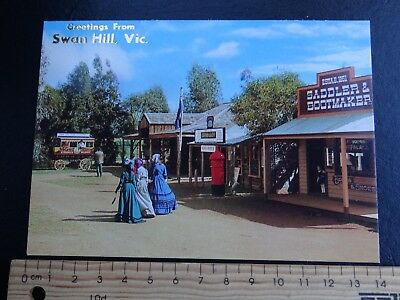 1 x GREETINGS FROM SWAN HILL VICTORIA AUSTRALIA POSTCARD SW16