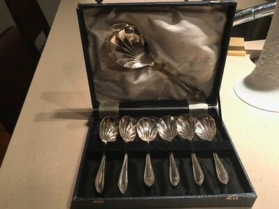 Vintage Silver plated Fruit Spoons in Original Box