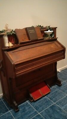 Antique Pedal/Pump Organ. in good working condition. Surplus to requirements.