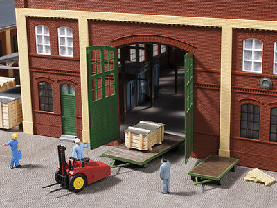 Auhagen kit 11408 NEW HO SMALL WAREHOUSE WITH GARAGE