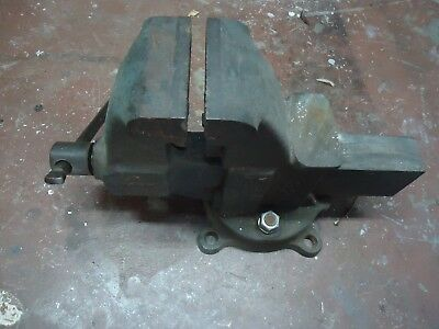 Old Antique Yost  301 Rotating Jaw 4 inch Bench Vise