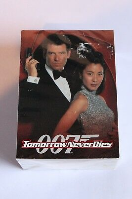 James Bond TOMORROW NEVER DIES FULL SET BASE OF TRADING CARDS 1997