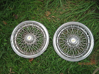 Vintage 1978-1982 Lincoln Pair Wire Hubcaps Wheel Covers Stainless