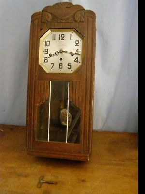 Old Huret wall chime, 8 hammers and 8 stems  pendulum mechanism with its key  mi