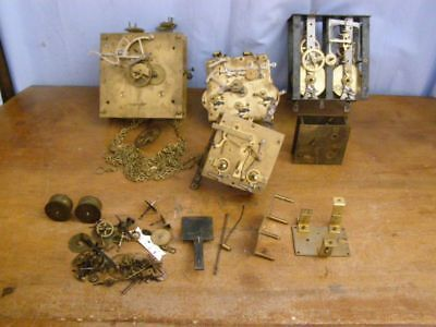 Lot of old 4 mechanisms of pendulum and chime + various parts