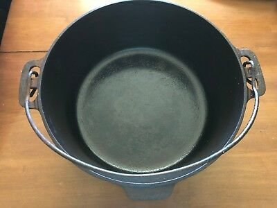 Vintage Griswold No.9 Tite-Top Dutch Oven 834 E/ No Lid