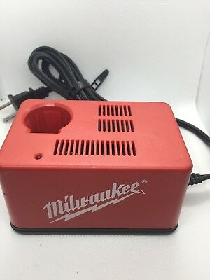 Milwaukee 48-59-0300 2.4 Volt NI-Cd Power Tool Battery Charger Pack 48-11-0100