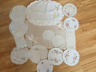 Lot of embroidered doilies