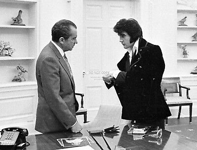 President Richard Nixon Meets With Elvis Presley In 1970 - 8X10 Photo (Bb-995)