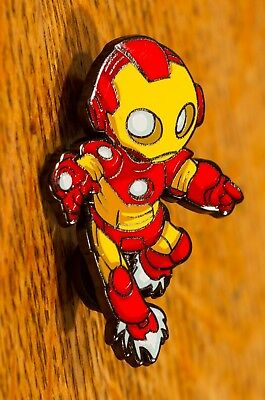 NYCC 2018 Marvel Avengers Exclusive - Iron Man Pin by Skottie Young