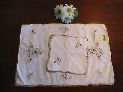 Set of 4 Hand Embroidered Placemats & Napkins w/Roses, NIP, Vintage