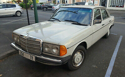 Belle Mercedes 250 bi-carburation ess/gaz 108500km 1978