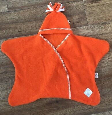 Tuppence and crumble star shaped baby wrap Orange Rare Size Small Swaddling