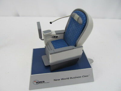 Nwa -New World Business Class Seat Model For Travel Agencys