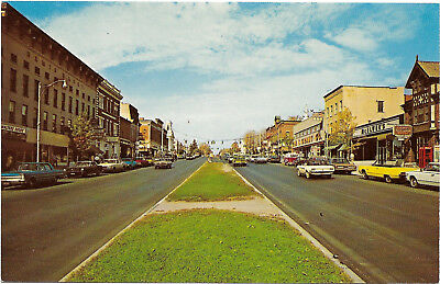 Vintage chrome postcard, view of Main Street, Canandaigua, New York