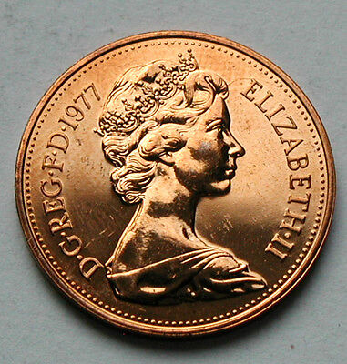 1977 UK (British) Elizabeth II Coin - Two Pence (2p) - UNC red (from mint set)