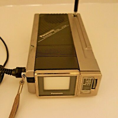 Panasonic Vintage Travelvision TR-1030P Ultra-Compact Black and White 1984 B524