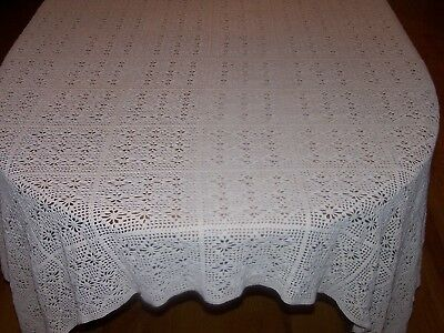 "LOVELY VINTAGE FILET CROCHET TABLECLOTH, DIAMOND PATTERN, c1920, ECRU, 81"" LONG"