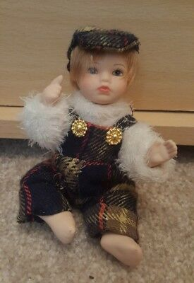 Small Regency Fine Arts Genuine Hand Painted Porcelain Dolls Collectors Editions