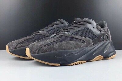 new style c4aaa 3b546 ADIDAS YEEZY BOOST 700 V2 Utility Black Wave Runner Size 9 ...