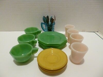 Akro Agate Childrens Dishes 15 Plus Cups Tumblers  Plates Plastic Utensils
